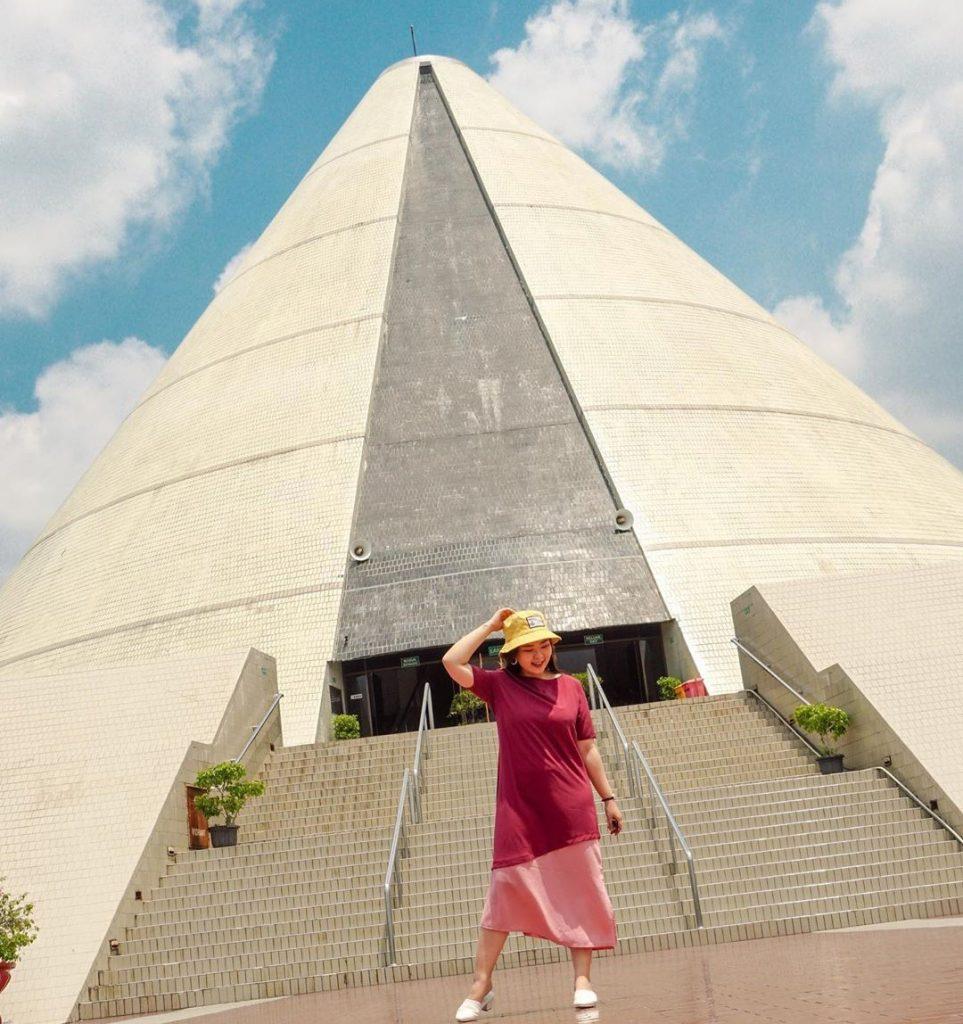Wisata Imogiri Bantul Jogja: Taman Pelangi Jogja Di Jalan Monjali Wisata Malam Ceria