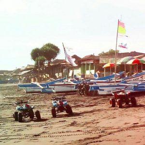 keindahan pantai depok jogja