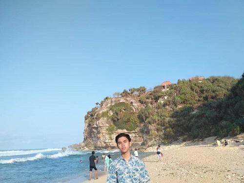 Pantai Sepanjang Jogja Di Gunung Kidul Tiket Masuk Rute Lokasi