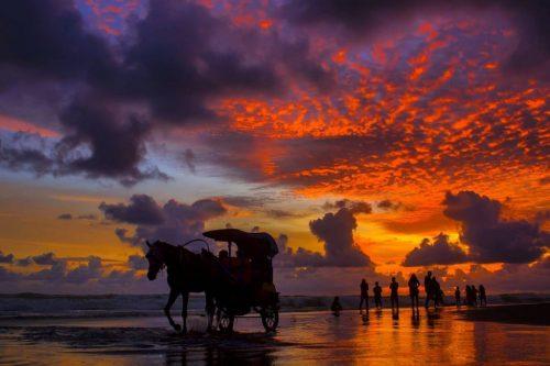wisata pantai parangtritis bantul jogja